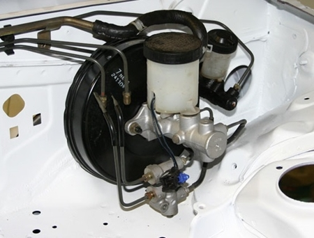 Picture for category Brake Booster/Master Cylinder